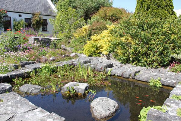 An Fear Gorta Tea & Garden Rooms